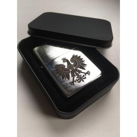 Eleganckie pudełko na zapalniczkę